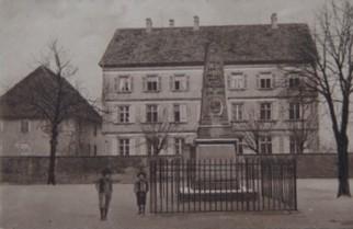 Médiathèque, Ecole et Monument Bouat